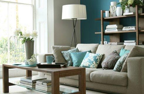 Rinnovare casa con pochi soldi usando i colori