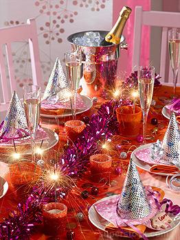 Cenone di capodanno decorare la tavola per il cenone di capodanno - Decorare la tavola per capodanno ...