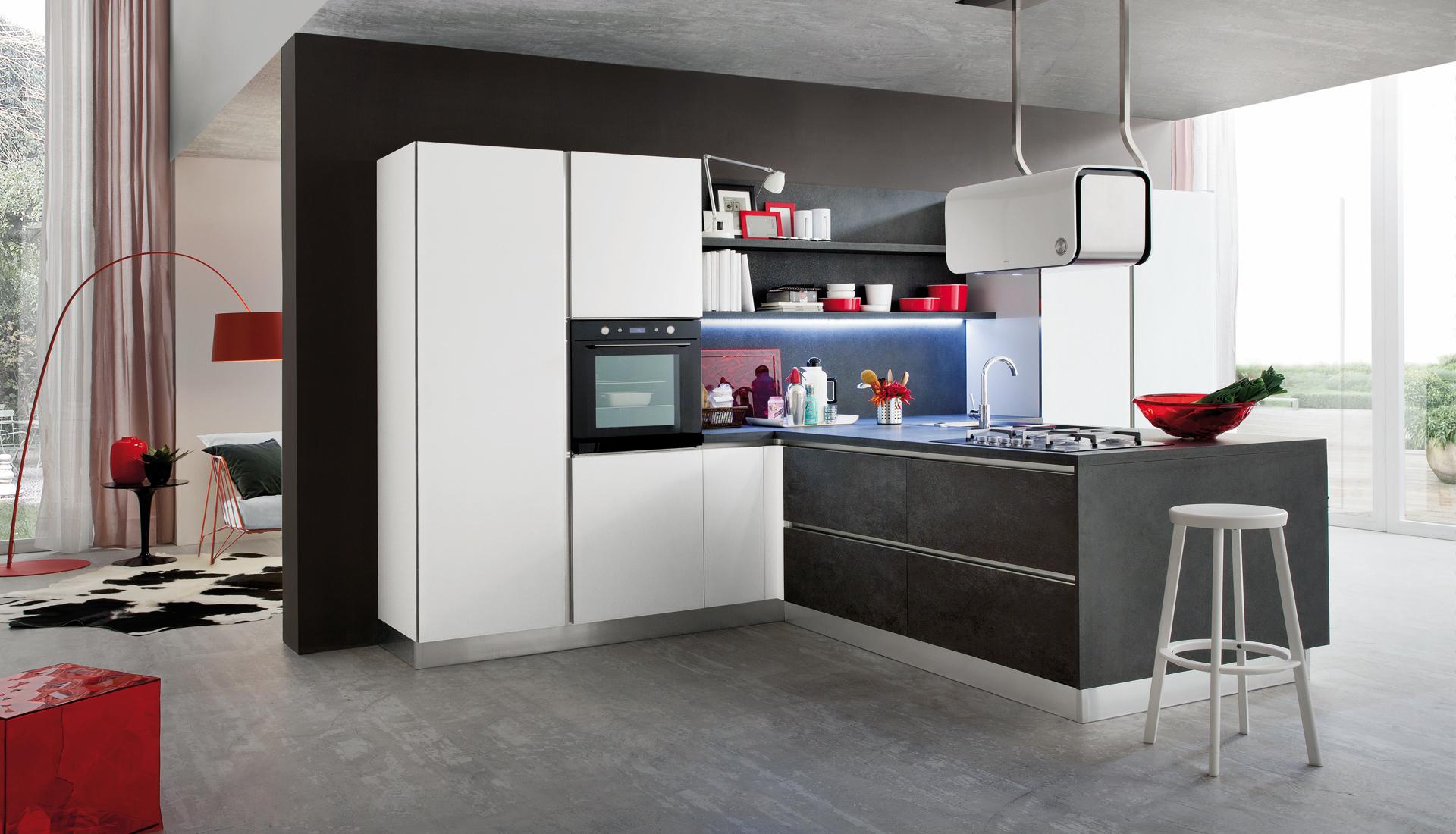 Foto cucina moderna myglass by gicinque arredamento for Arredamento cucina moderna foto