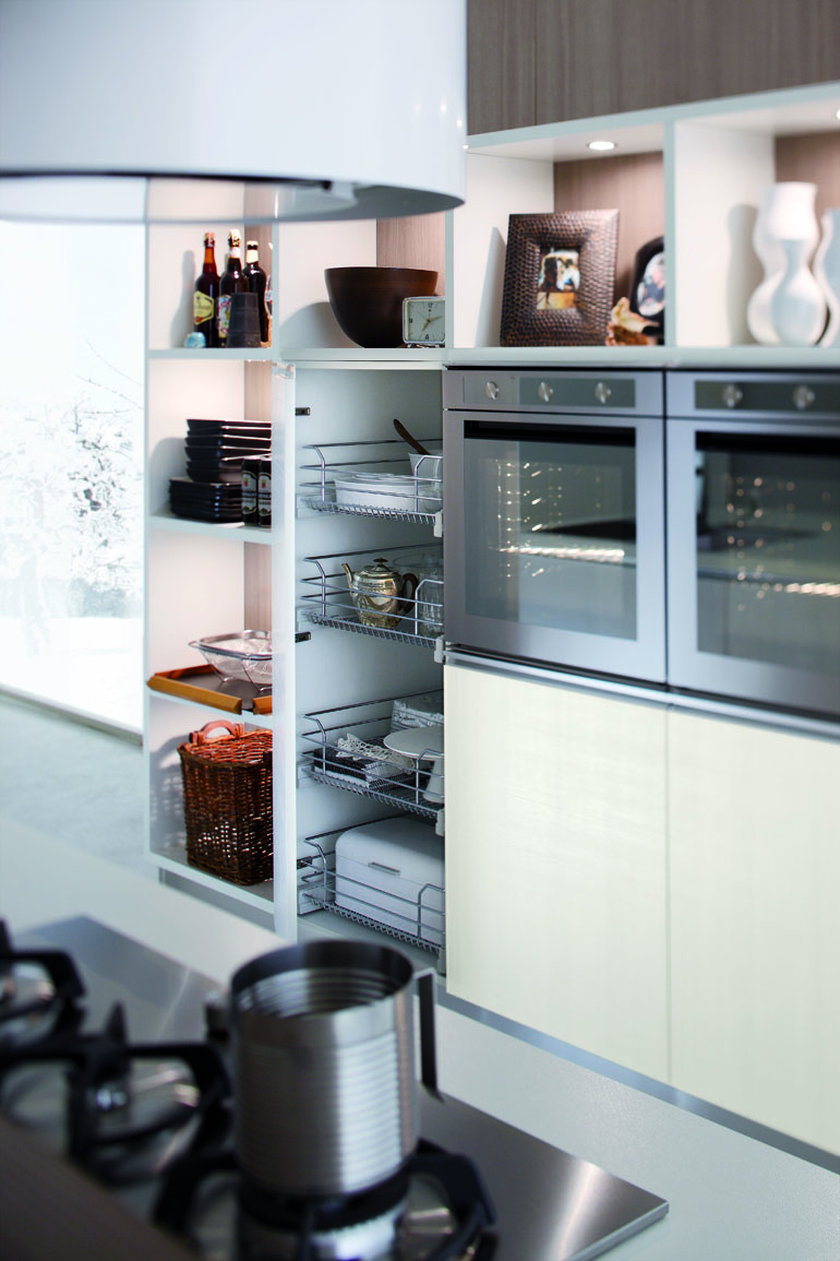 Foto cucina moderna karisma by gicinque arredamento for Arredamento cucina moderna foto